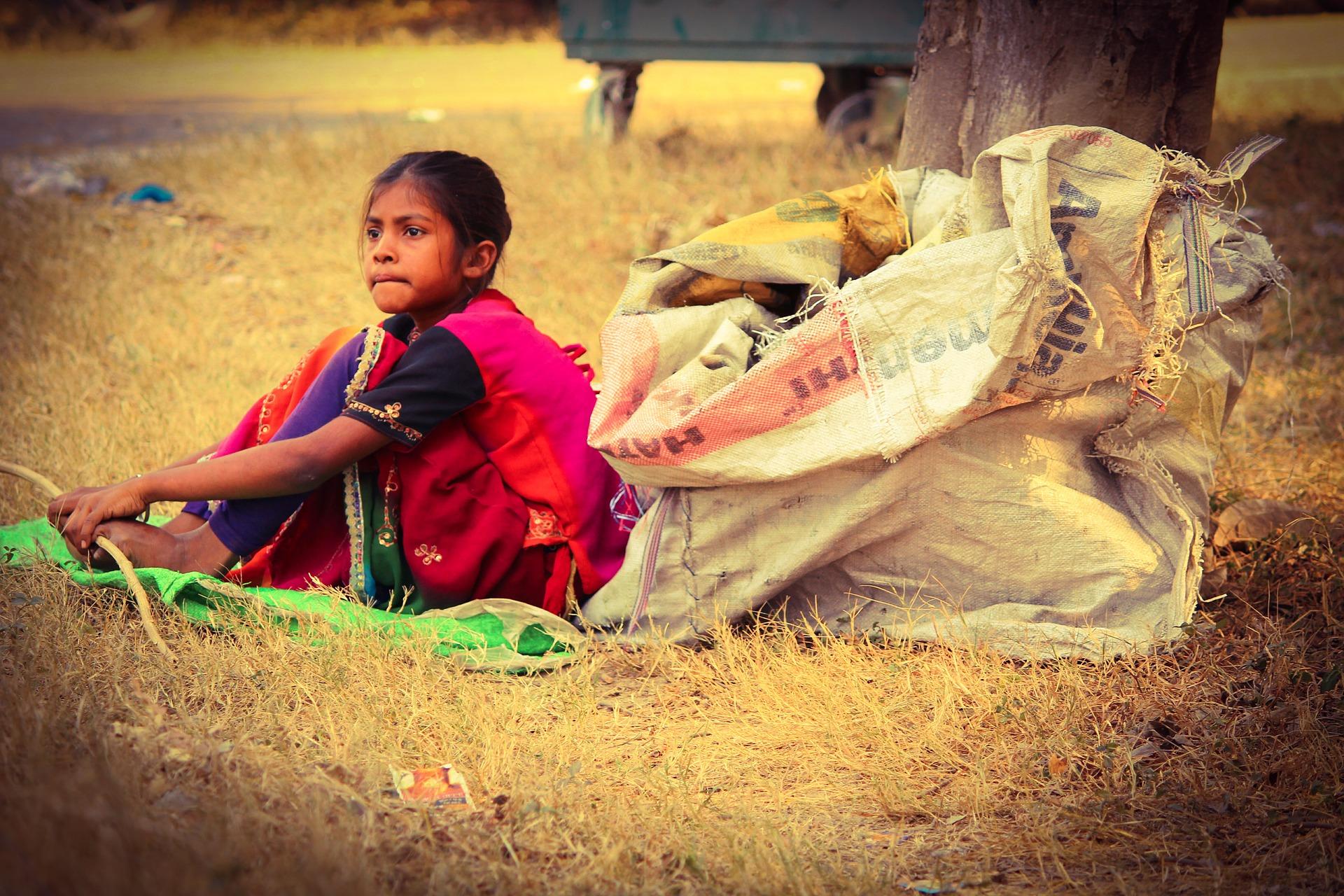 poverty-1875324_1920
