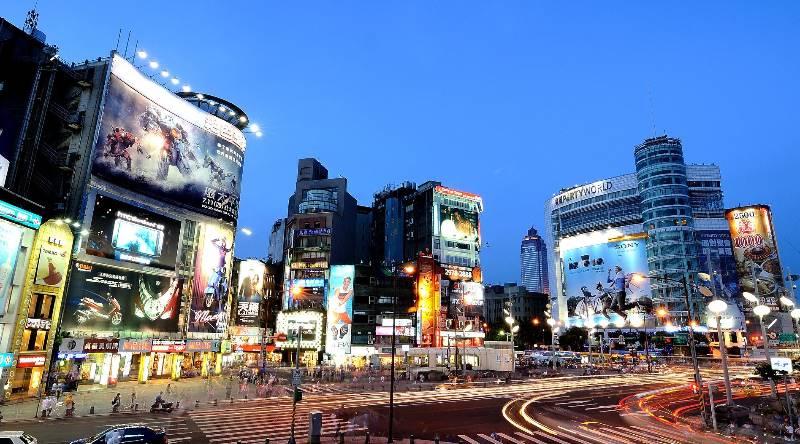 一樣是出口大國...為什麼台灣薪水漲不動,韓國卻年年加薪?